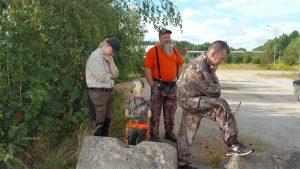 Funderingar innan färd till bockpass. Foto Michael Örknér